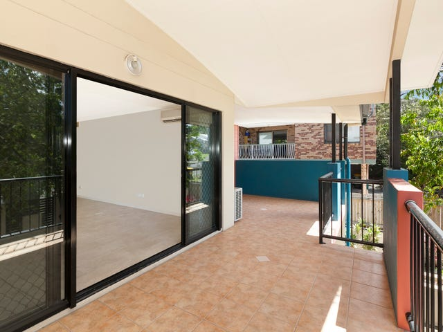 2/30 Rode Road, Wavell Heights, Qld 4012