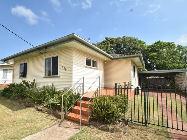 209 North Street, Rockville, Qld 4350
