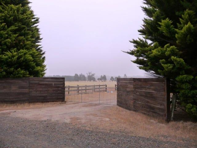 104 Horsecrafts Road, Lal Lal, Vic 3352