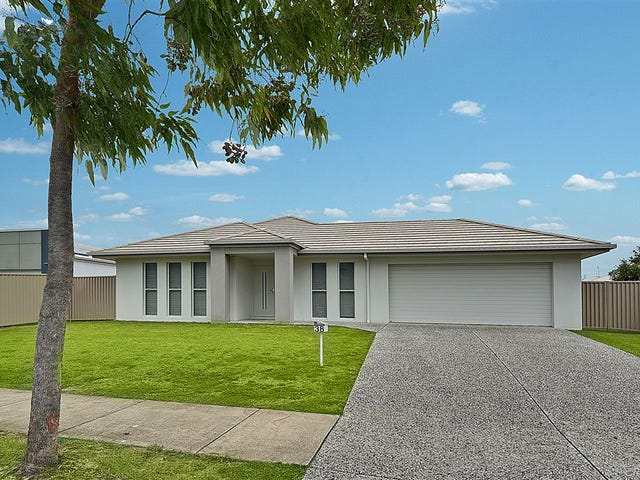 38 Sovereign Circuit, Pelican Waters, Qld 4551