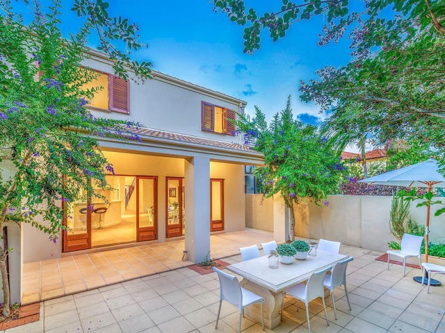 6 Yacht Street, Southport, Qld 4215