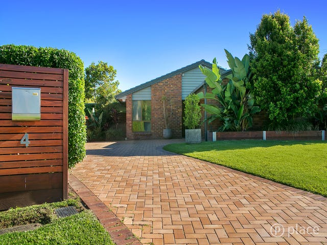 4 Codford Place, Chapel Hill, Qld 4069