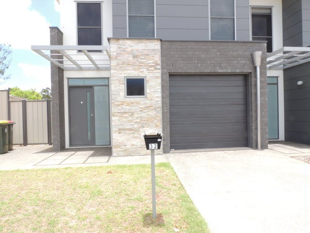 1-3/32 Barron Court, Moranbah, Qld 4744