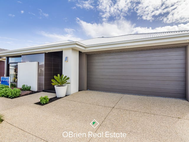 12 Lipizzan, Clyde North, Vic 3978