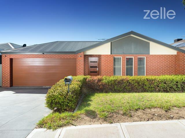 21 Honeyeater Circuit, Thurgoona, NSW 2640