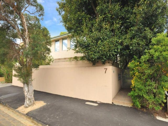 2/7 Alfriston Street, Elwood, Vic 3184