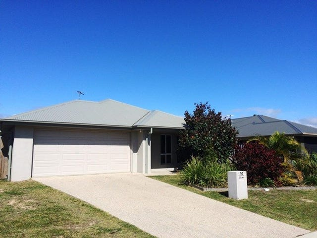 57 Schooner Ave, Shoal Point, Qld 4750
