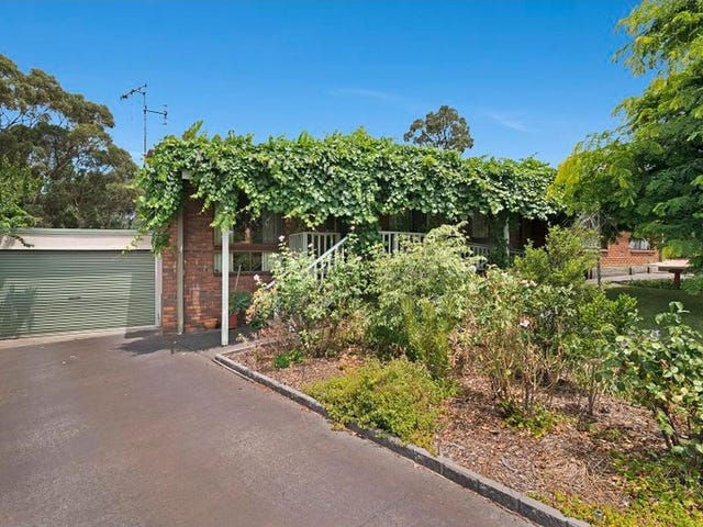 32 Bolton Drive, Strathdale, Vic 3550