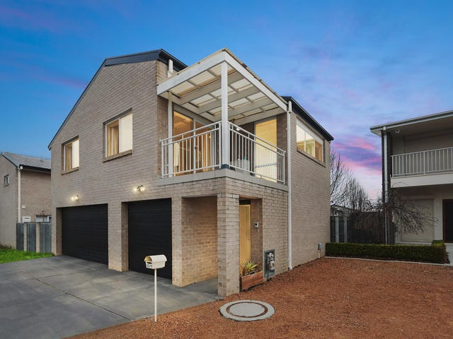 2/1 Oberon Close, Harrison, ACT 2914