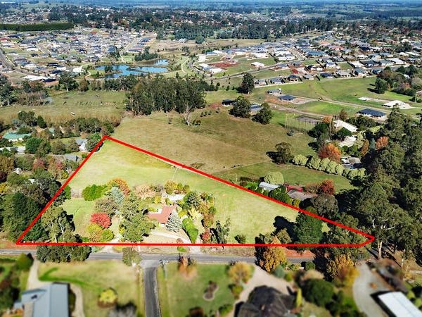 32-36 Waddell Road, Drouin, Vic 3818
