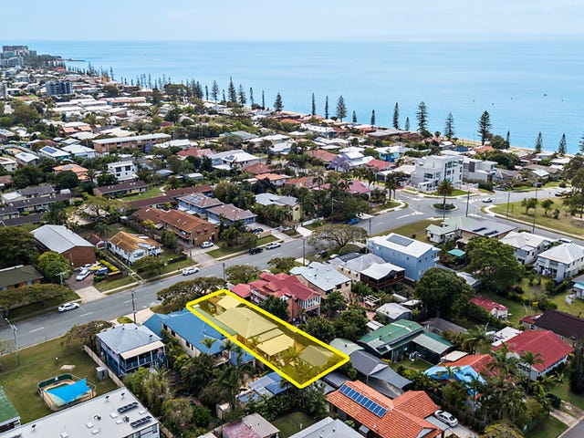 25 King Street, Woody Point, Qld 4019