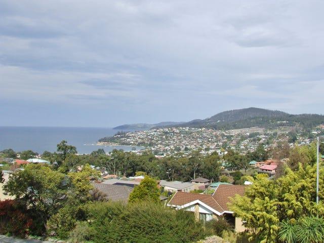 15 Stirling Avenue, Blackmans Bay, Tas 7052
