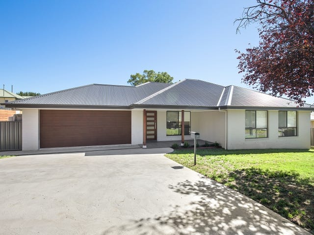 49 Garfield Avenue, Goulburn, NSW 2580