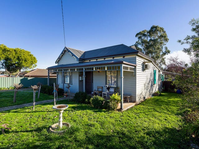 5 Gainsborough Street, Castlemaine, Vic 3450