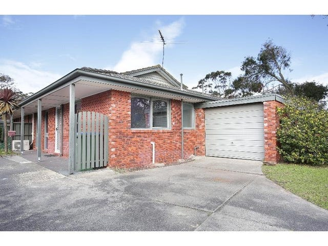 1/6 Pitt, Mornington, Vic 3931