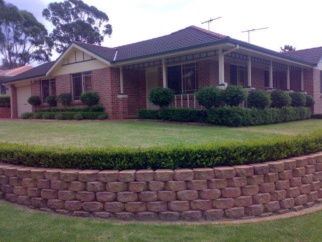 67 Donalbain Circuit, Rosemeadow, NSW 2560