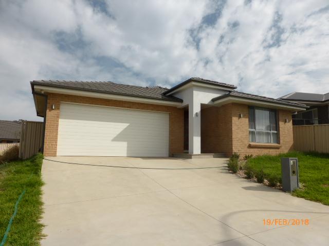 4 Camellia Place, Orange, NSW 2800