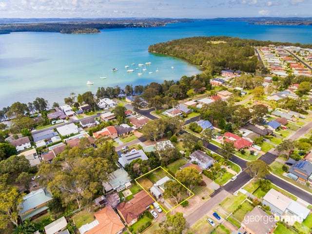29 Lake Street, Wyee Point, NSW 2259