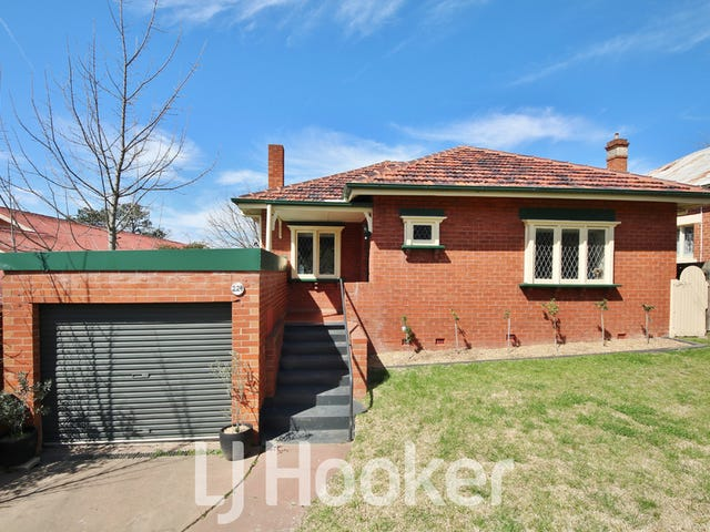 224 Peel Street, Bathurst, NSW 2795