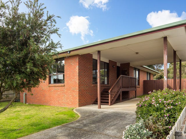 49 Red Rocks Road, Cowes, Vic 3922