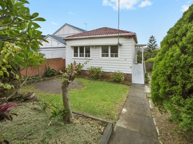 21 Curl Curl Parade, Curl Curl, NSW 2096
