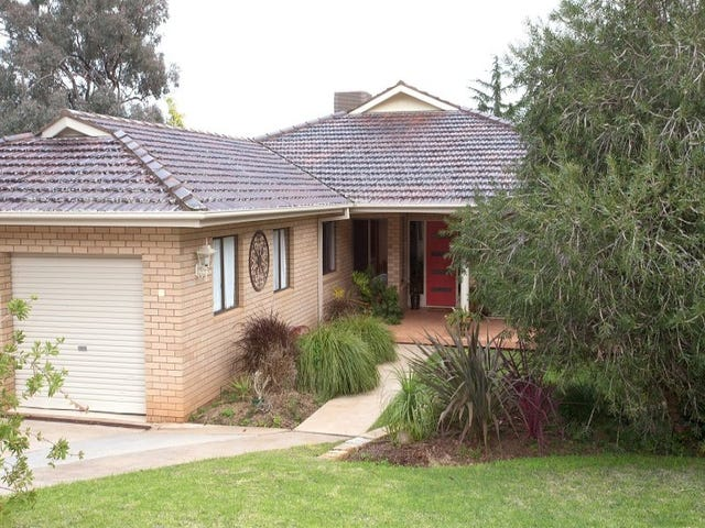 11 Kanangra Street, Cowra, NSW 2794