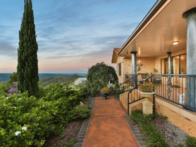 3 Keira Court, Blue Mountain Heights, Qld 4350