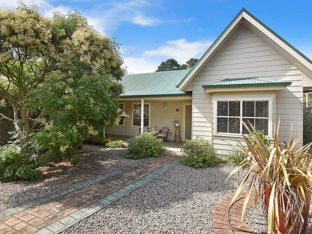 1/11 Cale lane, Wentworth Falls, NSW 2782