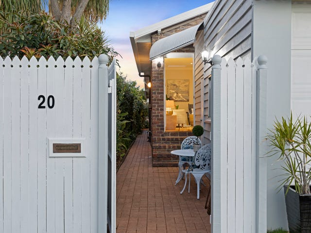 20 Earl Parade, Manly, Qld 4179
