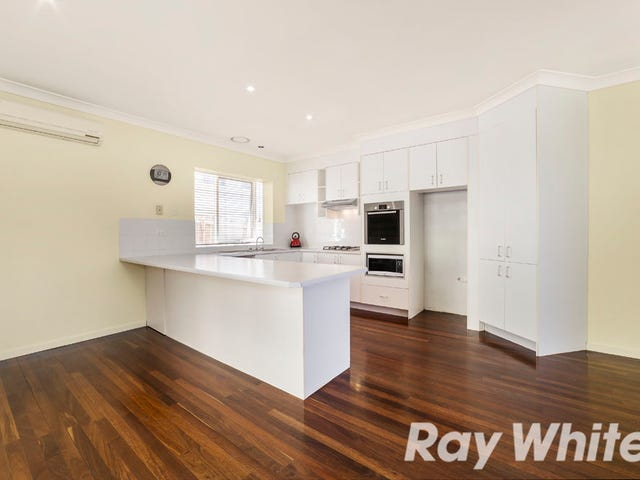 13 STUART STREET, Greensborough, Vic 3088
