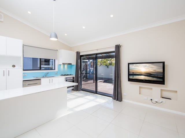 112a Warringah Road, Narraweena, NSW 2099