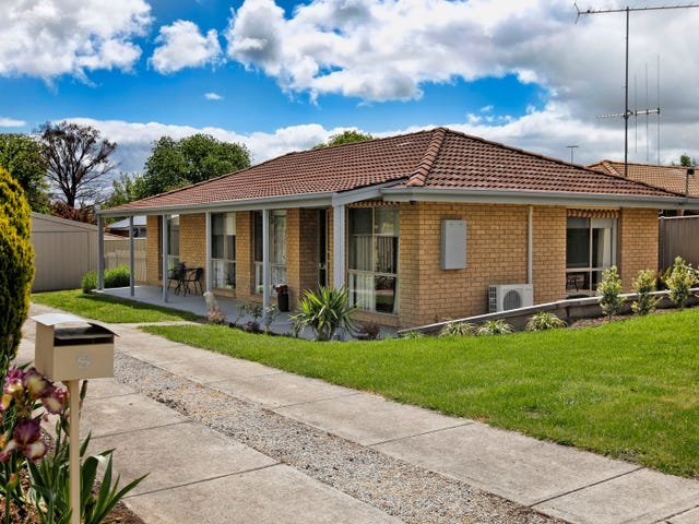 9 Jacobs Avenue, Kyneton, Vic 3444