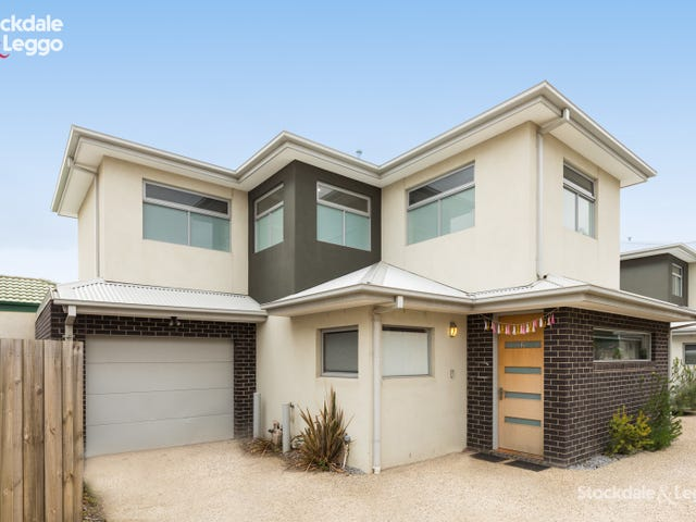 2/10 Conifer Avenue, Brooklyn, Vic 3012