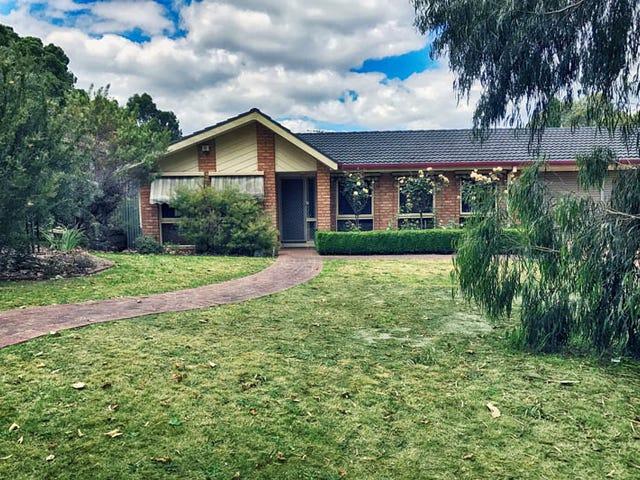 3 Summerhill Park Road, Mooroolbark, Vic 3138