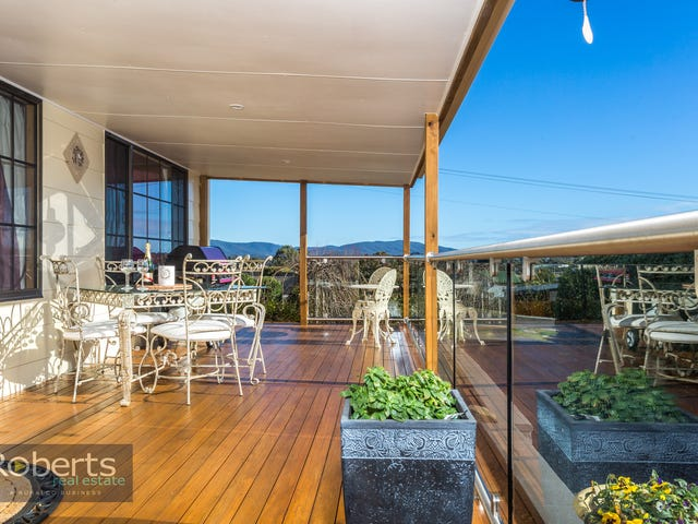 152 Charles Street, Beauty Point, Tas 7270