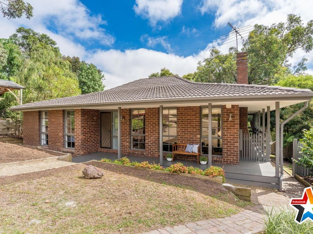 61 Fernhill Road, Mount Evelyn, Vic 3796