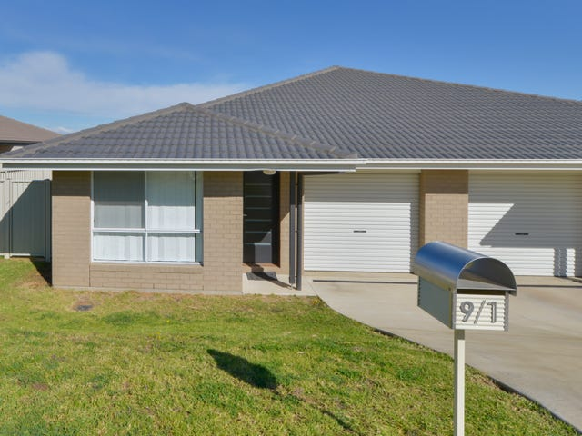 1/9 Kaputar Close, Tamworth, NSW 2340
