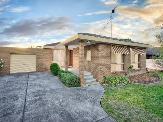 77 Grandview Grove, Wendouree, Vic 3355
