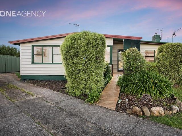 17 Beaufort Street, Somerset, Tas 7322