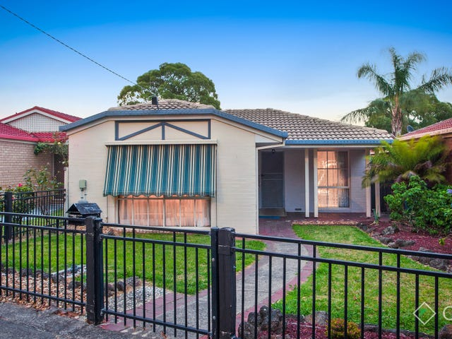 21 Cranbourne Place, Cranbourne, Vic 3977