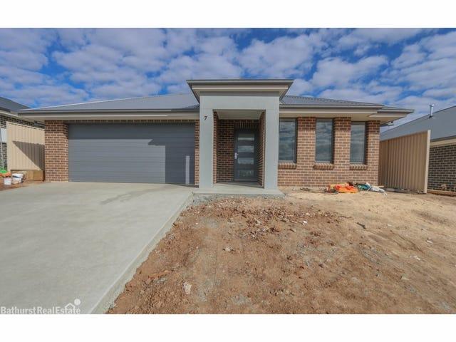 7 Basalt Way, Kelso, NSW 2795