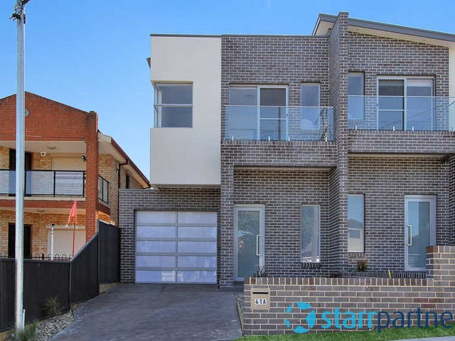 41A ROBERTSON STREET, Guildford West, NSW 2161