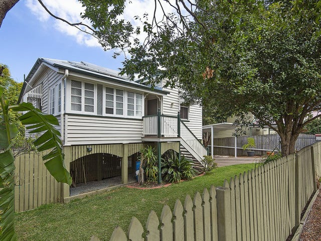 30 Fenton Street, Fairfield, Qld 4103