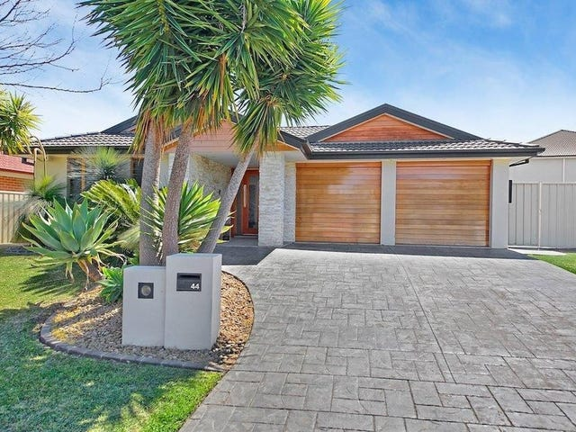 44 Bradley Drive, Harrington Park, NSW 2567