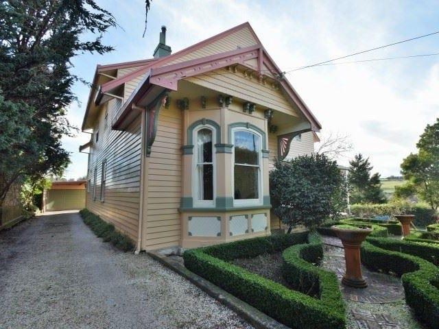 17 Tower Hill Street, Deloraine, Tas 7304