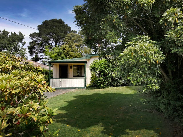 2 Russell Avenue, Woodend, Vic 3442