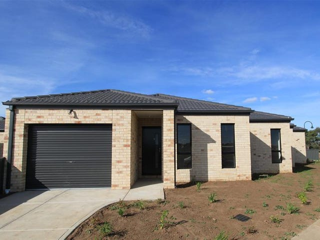 1/21-29 Lakewood Boulevard, Melton, Vic 3337