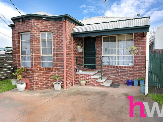 18 Westbourne Place, Newtown, Vic 3220