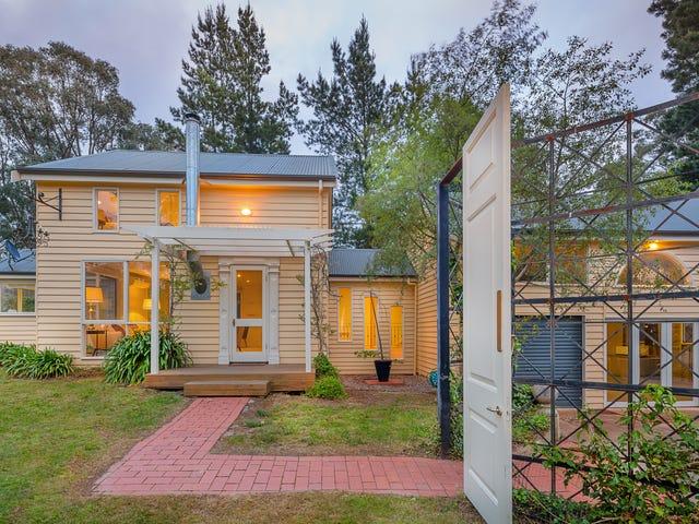 6 Darriwell Drive, Mount Helen, Vic 3350