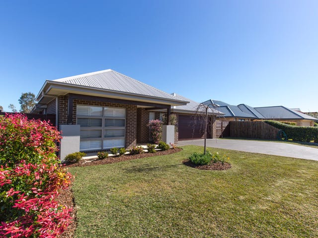 32 Windward Circuit, Tea Gardens, NSW 2324